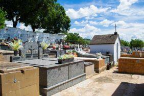 Floricultura Cemitério Municipal Santa Rosa Barra Do Piraí – RJ